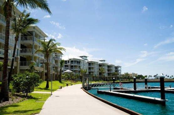 Boathouse Apartments By Outrigger Airlie Beach