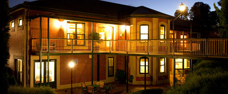 Clare Country Club - Whitsundays Accommodation