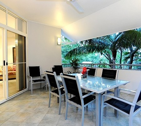 Oasis At Palm Cove - Whitsundays Accommodation