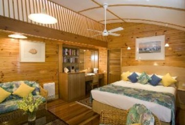 Kims Beach Hideaway - Whitsundays Accommodation
