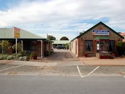 Lake Albert Motel - Whitsundays Accommodation