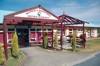Meningies Waterfront Motel - Whitsundays Accommodation