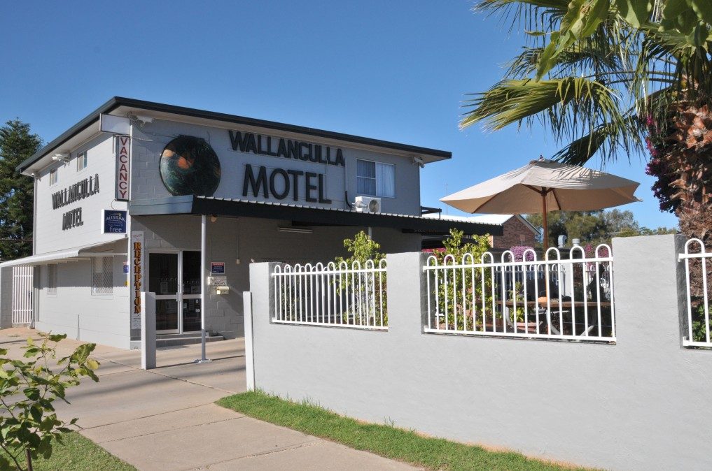 Wallangulla Motel - Whitsundays Accommodation