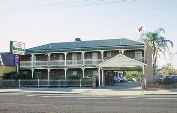 Richmond Motor Inn - Whitsundays Accommodation