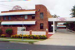 Aspley Pioneer Motel - Whitsundays Accommodation