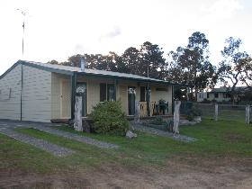 Pendleton Farm Stay - Whitsundays Accommodation