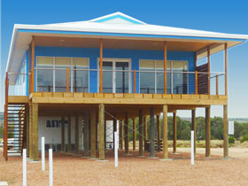 Lincoln View Holiday Home - Whitsundays Accommodation