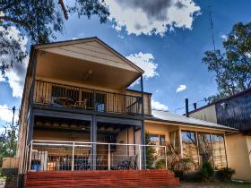 River Shack Rentals - The Manor - Whitsundays Accommodation