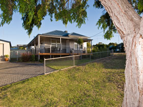 Serenity Holiday House - Whitsundays Accommodation