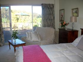 Sundance Bed and Breakfast - Whitsundays Accommodation