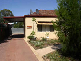 Loxton Smiffy's Bed And Breakfast Sadlier Street - Whitsundays Accommodation