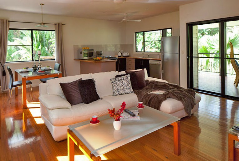 Misty Mountains Tropical Rainforest Romantic Retreat - Whitsundays Accommodation