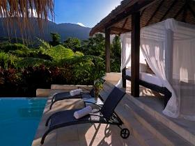 Executive Retreats - Shangri-La - Whitsundays Accommodation