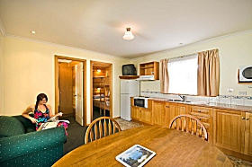 Leisureville Caravan Park - Whitsundays Accommodation