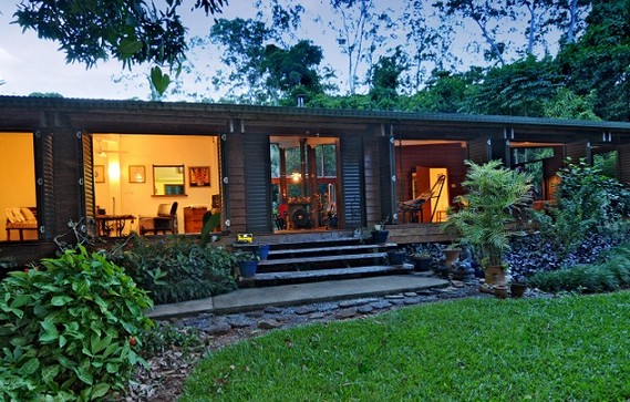 Cow Bay Homestay Bed and Breakfast - Whitsundays Accommodation