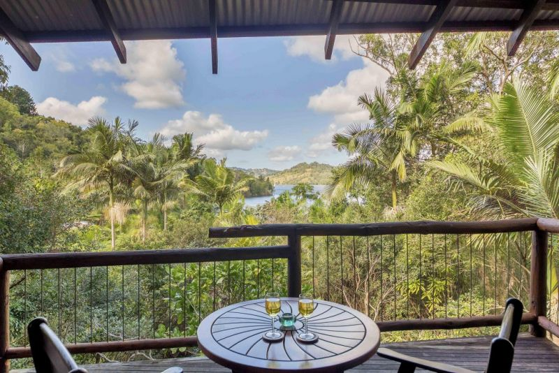Secrets on the Lake - Whitsundays Accommodation