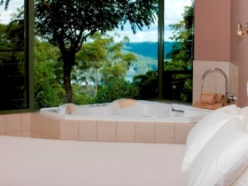 Montville Grove - Whitsundays Accommodation