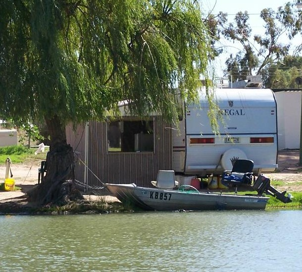 Willow Bend Caravan Park - Whitsundays Accommodation