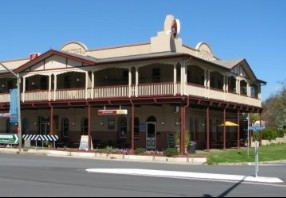The Royal Hotel Adelong - Whitsundays Accommodation