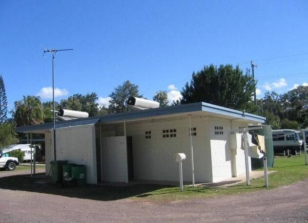 Armstrong Beach Caravan Park - Whitsundays Accommodation