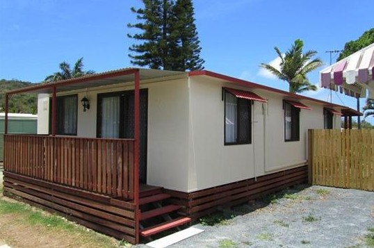 BIG4 Capricorn Palms Holiday Village - Whitsundays Accommodation