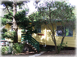 Queen Mary Falls Caravan Park and Cabins - Whitsundays Accommodation