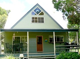 The Dolph Inn - Whitsundays Accommodation
