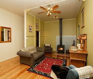 Bunyip Springs Farmstay - Whitsundays Accommodation