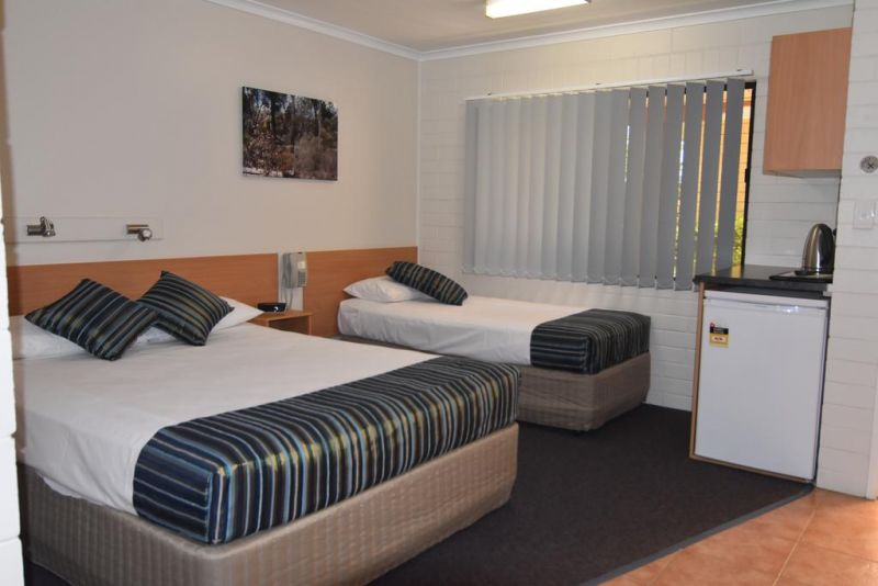 Billabong Motor Inn - Whitsundays Accommodation