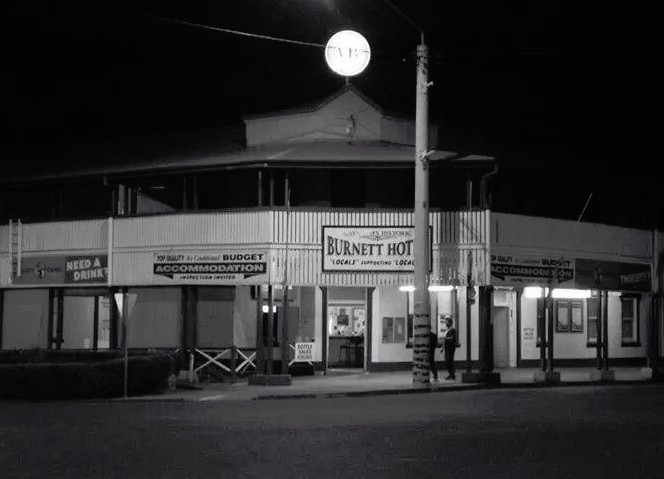 Burnett Hotel - Whitsundays Accommodation