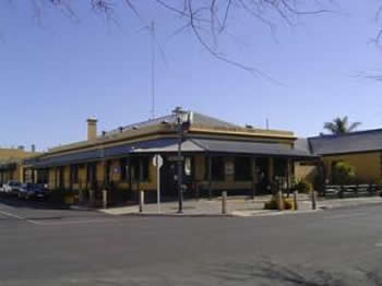 Woolshed Inn Hotel - Whitsundays Accommodation