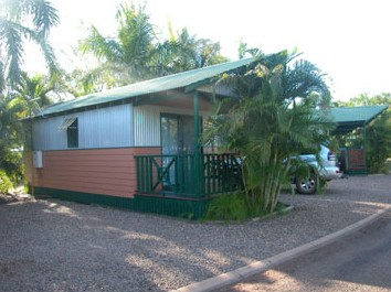 Ivanhoe Village Caravan Resort - Whitsundays Accommodation