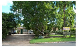 Zamia Motel - Whitsundays Accommodation
