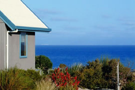 Bear Gully Coastal Cottages - Whitsundays Accommodation