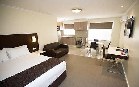 Country Comfort Premier Motel - Whitsundays Accommodation