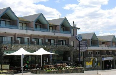 Banjo Paterson Inn - Whitsundays Accommodation