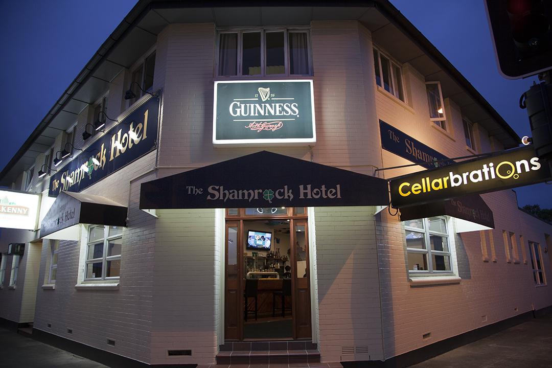 Shamrock Hotel - Whitsundays Accommodation