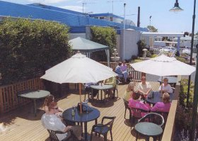 Top Of The Town Hotel - Whitsundays Accommodation