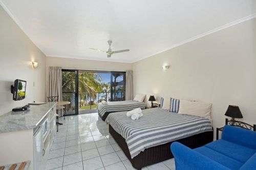 Hinchinbrook Marine Cove Motel - Whitsundays Accommodation