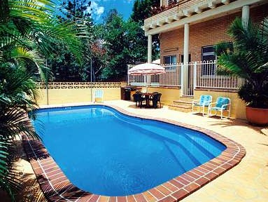 Paramount Motel And Serviced Apartments - Whitsundays Accommodation