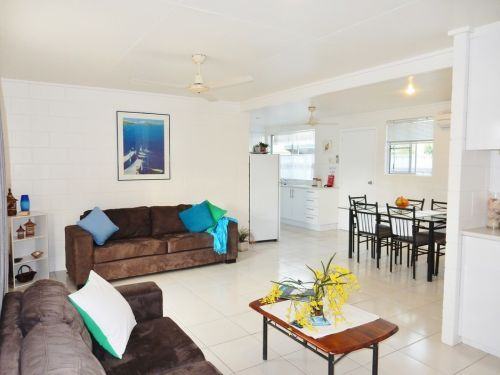 Lucinda Holiday Rentals  - Whitsundays Accommodation