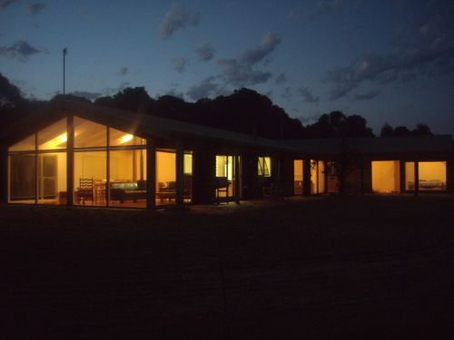 Walkerville South Accommodation - Whitsundays Accommodation