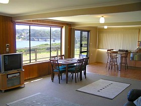 Authur River Beach House - Whitsundays Accommodation