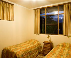 Waterside Accommodation - Derwent Hideaway - Whitsundays Accommodation