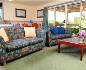 Crays Accommodation - Innes Street - Whitsundays Accommodation