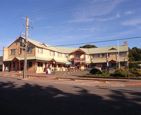 Parer's King Island Hotel - Whitsundays Accommodation