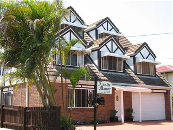 Ainslie Manor BandB - Whitsundays Accommodation