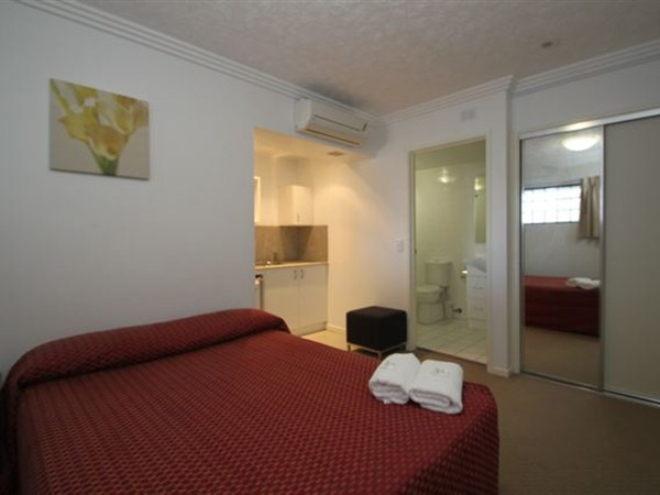 Southern Cross Motel and Serviced Apartments - Whitsundays Accommodation