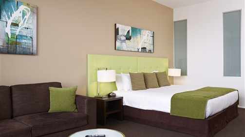 Mercure Melbourne Caroline Springs - Whitsundays Accommodation