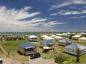 Adelaide Shores Resort - Whitsundays Accommodation